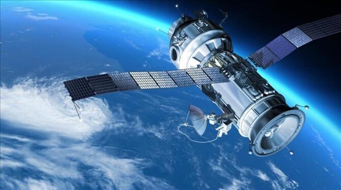 Çin uzaya üç gözlem uydusu fırlattı