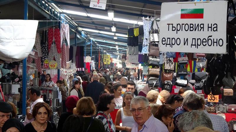 Bulgaristan ve Yunanistan'dan akın ediyorlar! O şehrin nüfusu hafta sonu 10 bin artıyor