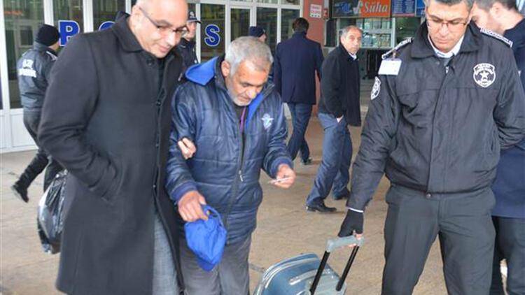 Otogarda kalan evsizler otele yerleştirildi ile ilgili görsel sonucu