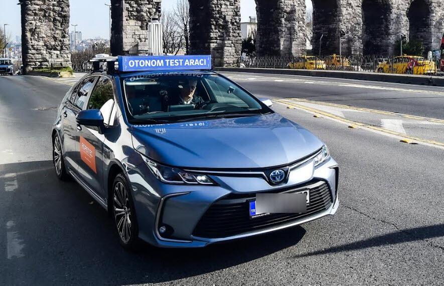 Sürücüsüz araba İstanbul'da trafiğe çıktı! 1