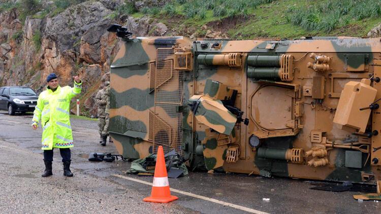 Kahramanmaraş'ta 3 uzman çavuş kazalarda yaralandı