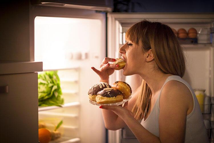 Yeme bozukluğu nedir, belirtileri nelerdir? Hangi durumlarda ortaya çıkar?