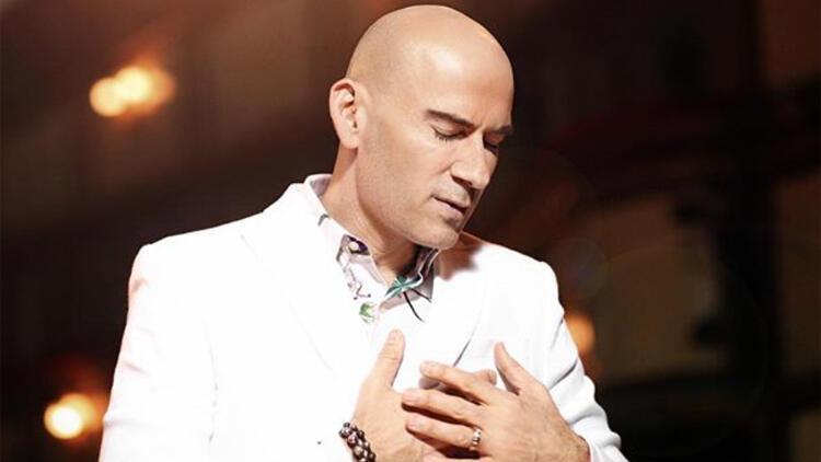 Ünlü şarkıcı Altay, corona virüse yakalandı