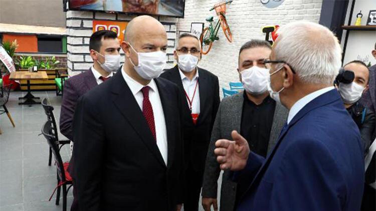 Ankara'da kuaför ve kafelerde koronavirüs denetimi