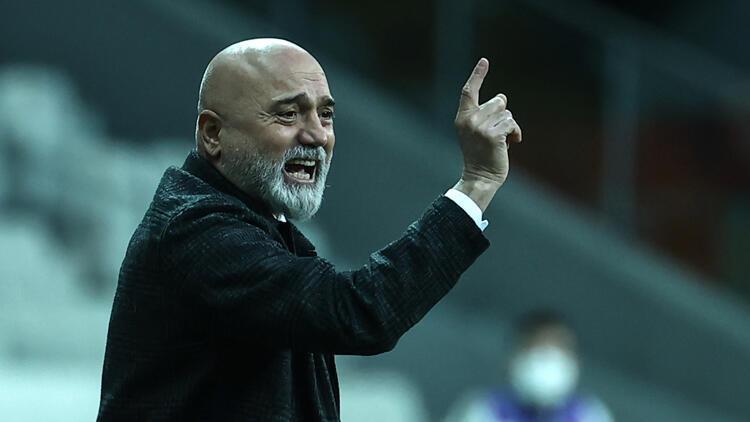 """Ankaragücü Teknik Direktörü Hikmet Karaman: """"Siz 1-0'ı tutun, sonrasını bana bırakın dedim"""""""
