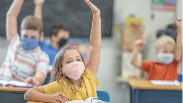 Hibrit eğitim nedir? Okullarda hibrit eğitim modeli nasıl olacak?