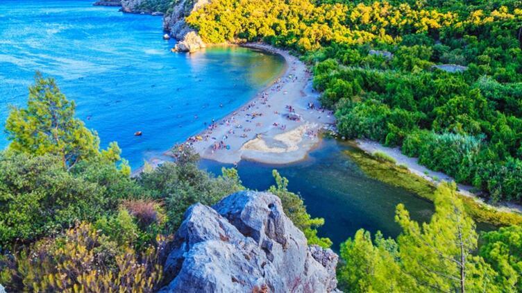 Ülkemizin Saklı Cennetleri: Çıralı, Olimpos, Adrasan ve Finike