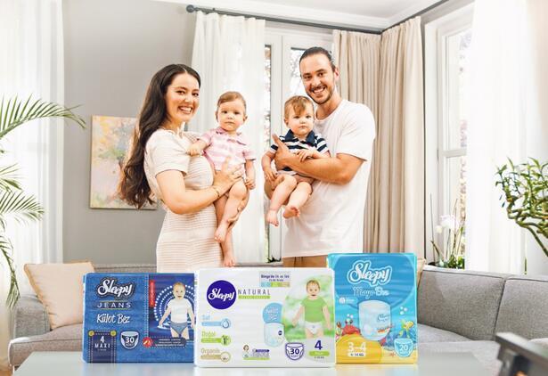 Sleepy Külot Bez yeni reklam yüzleri: Ailecek kamera karşısına geçtiler