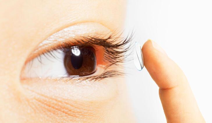 Yazın kontakt lens kullanırken bunlara dikkat!