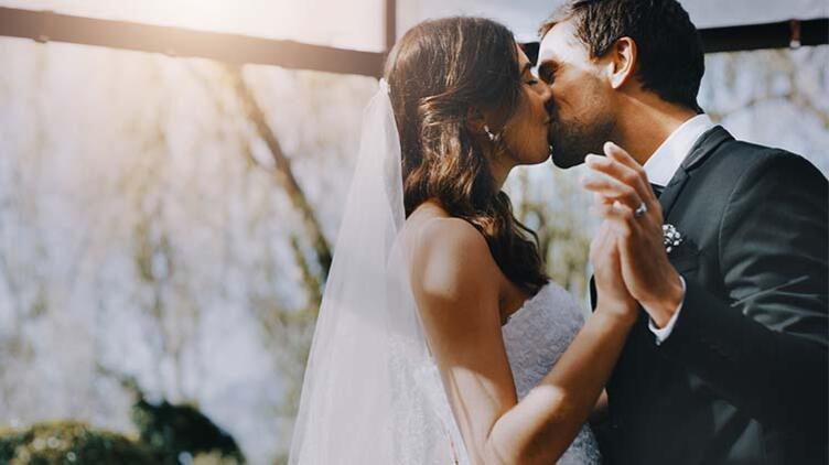 Erkekler Neden Evlilikten Kaçar?
