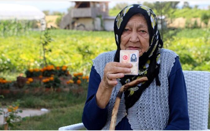 Uzmanından değil 100 yaşındaki Rukkiye Nine'den uzun yaşamın sırları