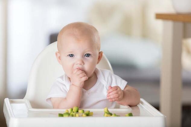 Bebeklerde ek gıda döneminde nelere dikkat edilmeli?