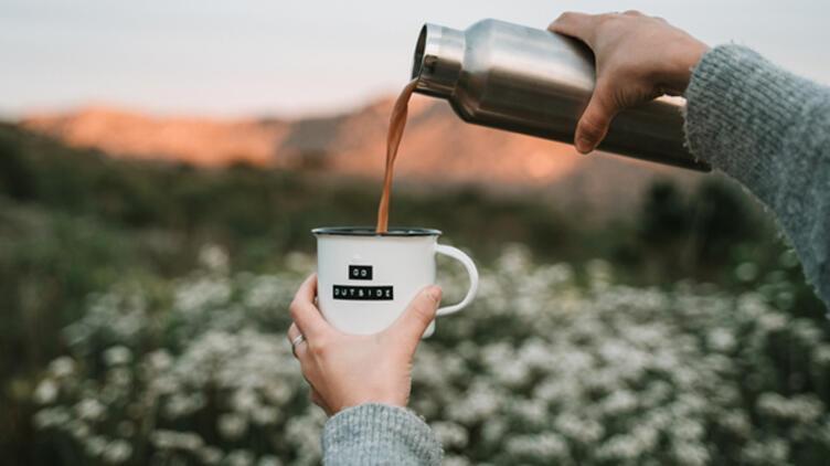 Kahvesiz Uyanamayanlara: Kafein Kullanmadan Ayılmanın En İyi Yolları