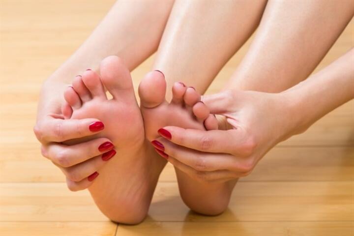 Çatlamış Ayaklar İçin 5 Doğal Çözüm