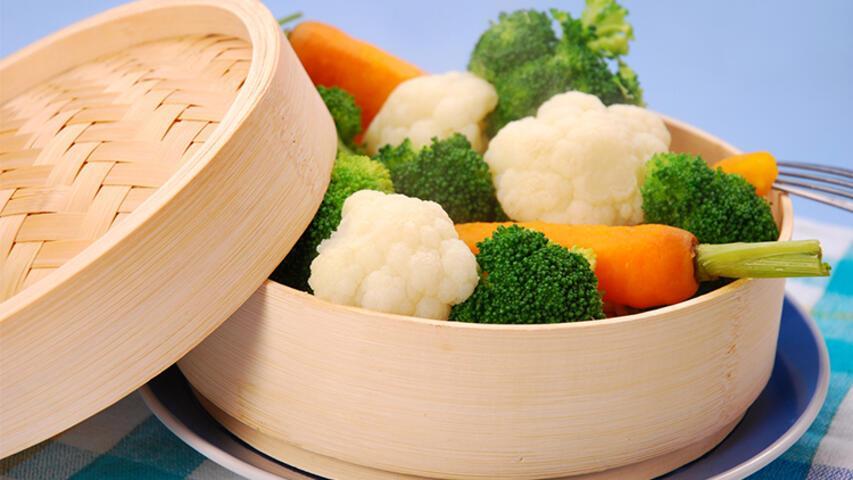 Ülser Hastaları Buharda Pişmiş Yemekleri Tercih Etmeli