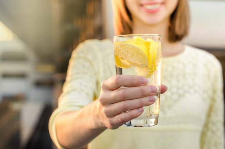 Limonlu Su İçmek İçin 8 Neden