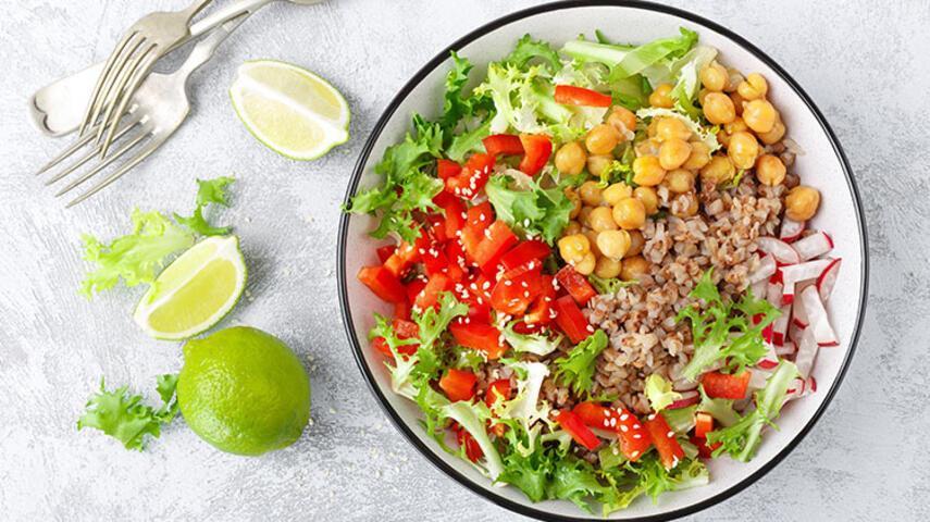 Protein Deposu Bir Öğün: Karabuğday Salatası