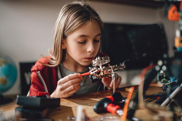 Koronavirüs günleri üstün zekalı çocukları nasıl etkiliyor?