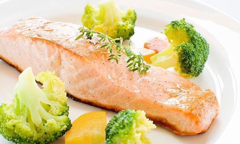 Ek gıda döneminde bebeğiniz için balık tarifi