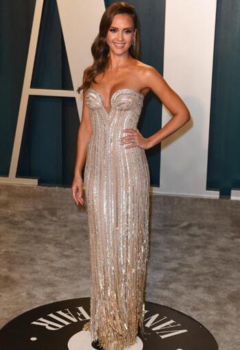 2020 Oscar Partisi Jessica Alba Stili