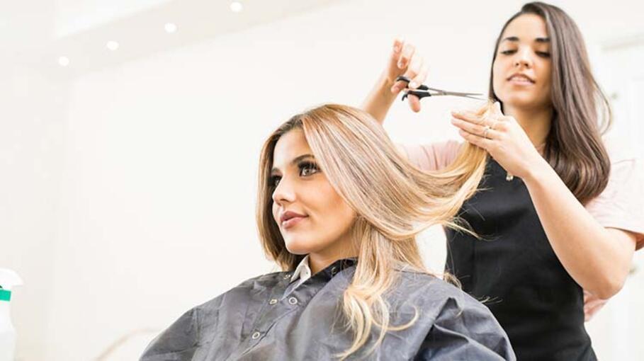 Kadınlar Mutsuzken Neden Saçlarını Değiştirmek İster?