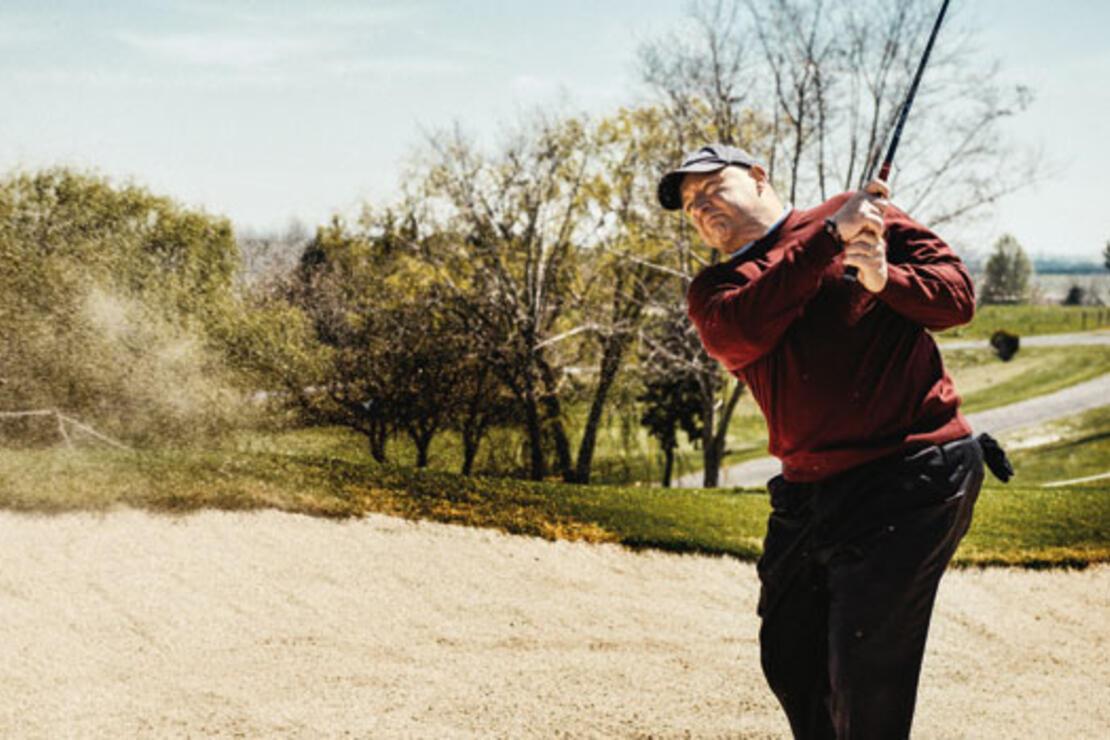 İnsanları golf oynarken tanırsınız