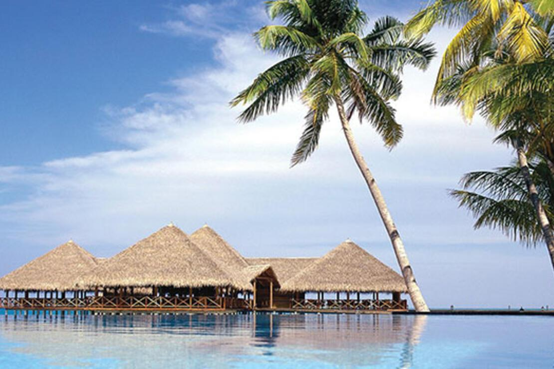 Maldivler'de sevgiliyle baş başa