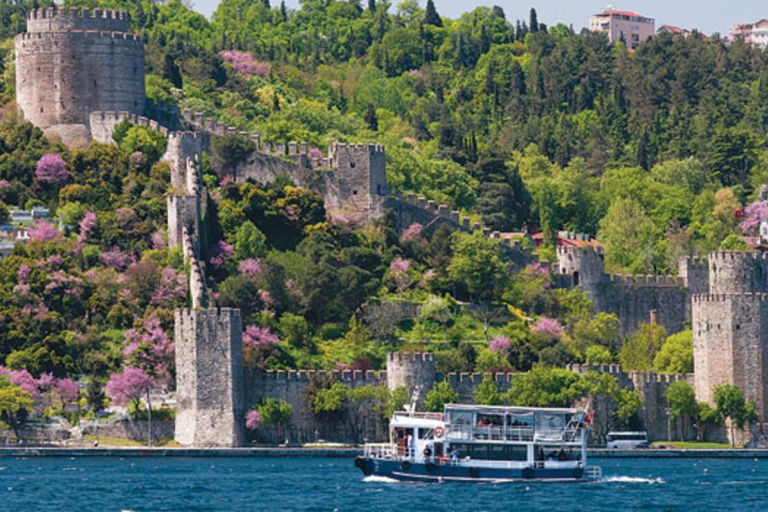 İstanbul'un en iyi 12 erguvan noktası