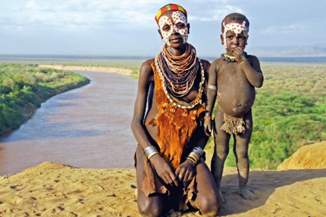 Omo Vadisi kabilelerinin peşinde 2500 kilometre