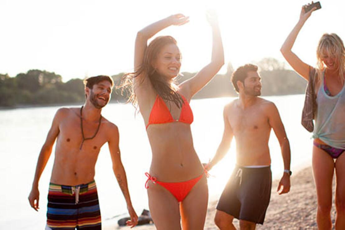 Çeşme plajlarında neler oluyor?