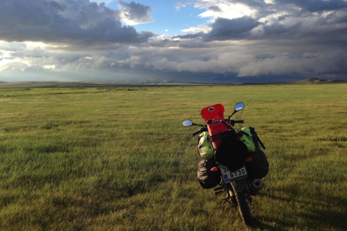 Motosiklet üzerinde Trabzon'dan Japonya'ya