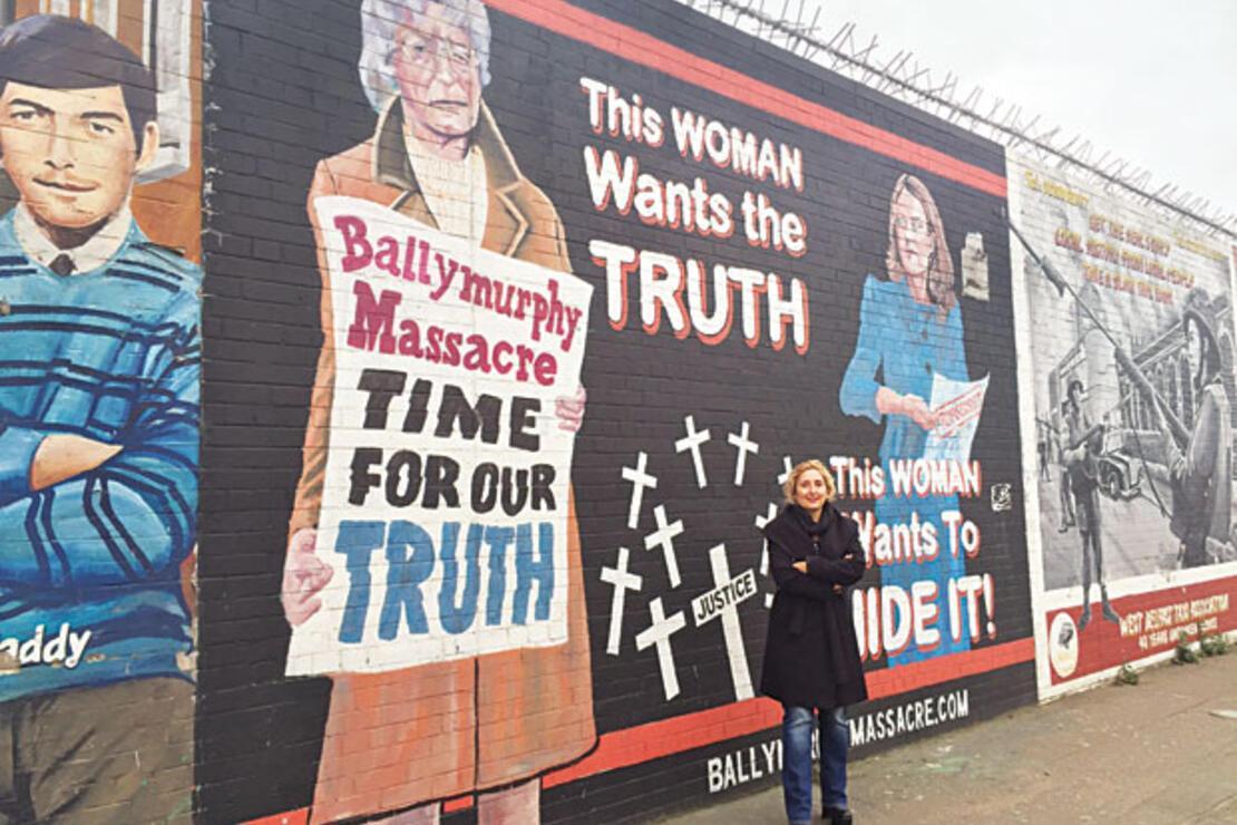 Belfast'ta duvarla gelen barış...