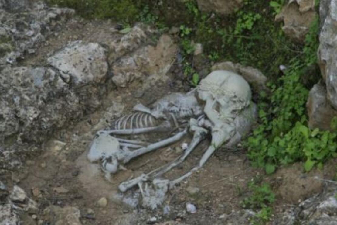 Dünyanın en eski cenaze töreninde sıra dışı olaylar