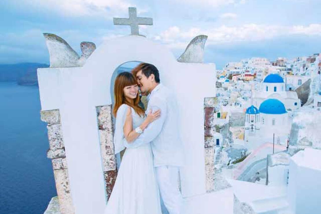 Dünyayı turlayarak düğün çekimi yapan çift