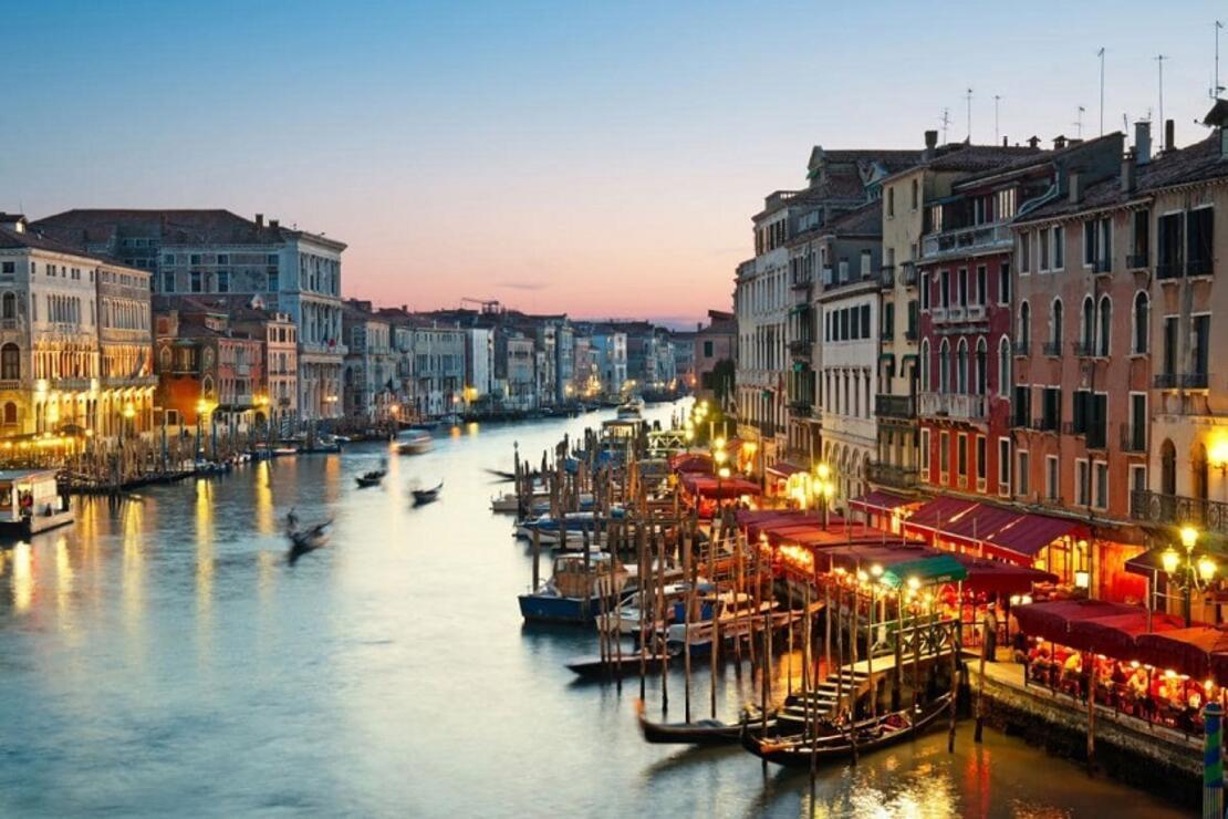 Aşk kokan şehir: Venedik