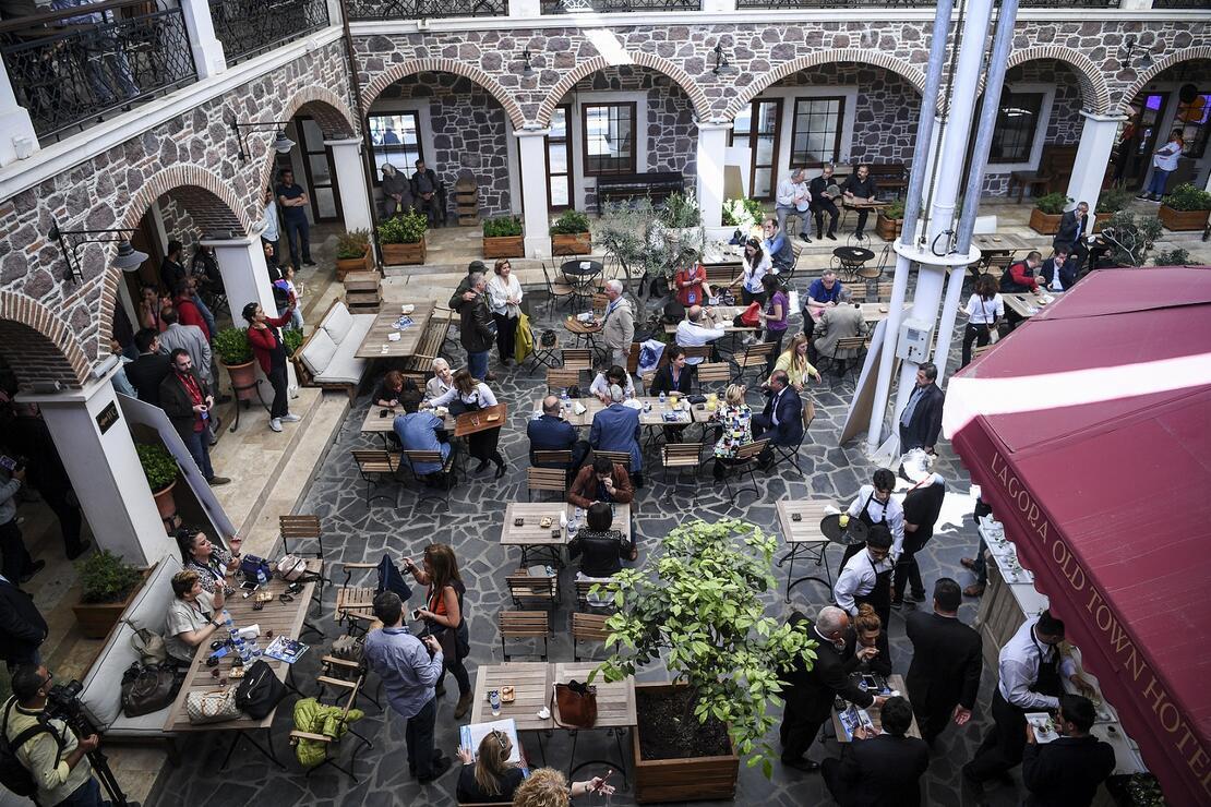 Başkan Aziz Kocaoğlu, İzmir'in dünyada en hızlı büyüyen ikinci kent olduğunu açıkladı
