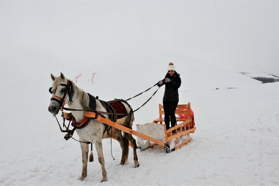Yarı fiyatına kayak tatili için şimdi tam zamanı!