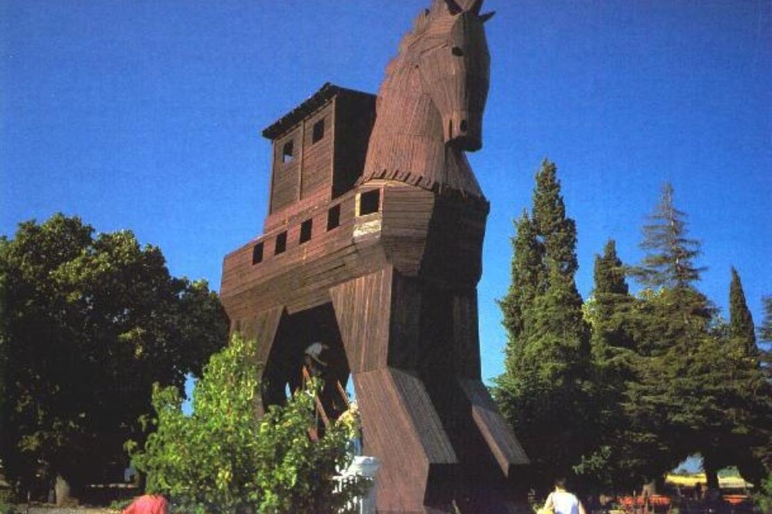 Tarihe dokunmak isteyenlere: Troya Tarihi Milli Parkı