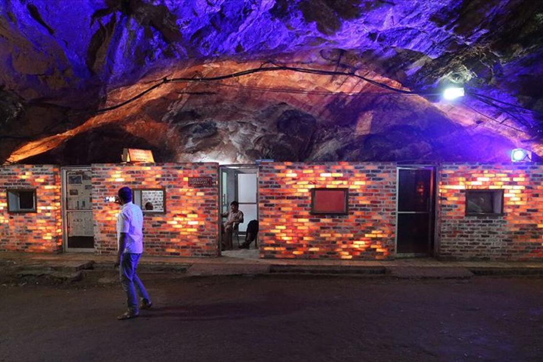 Pakistan'ın pembe tuz tünelleri