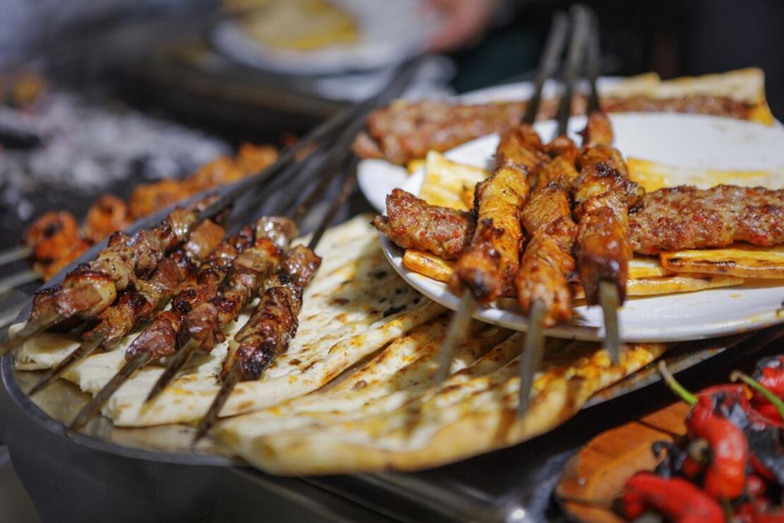 Adana'nın markalaşan geleneği: Ciğer ile kahvaltı