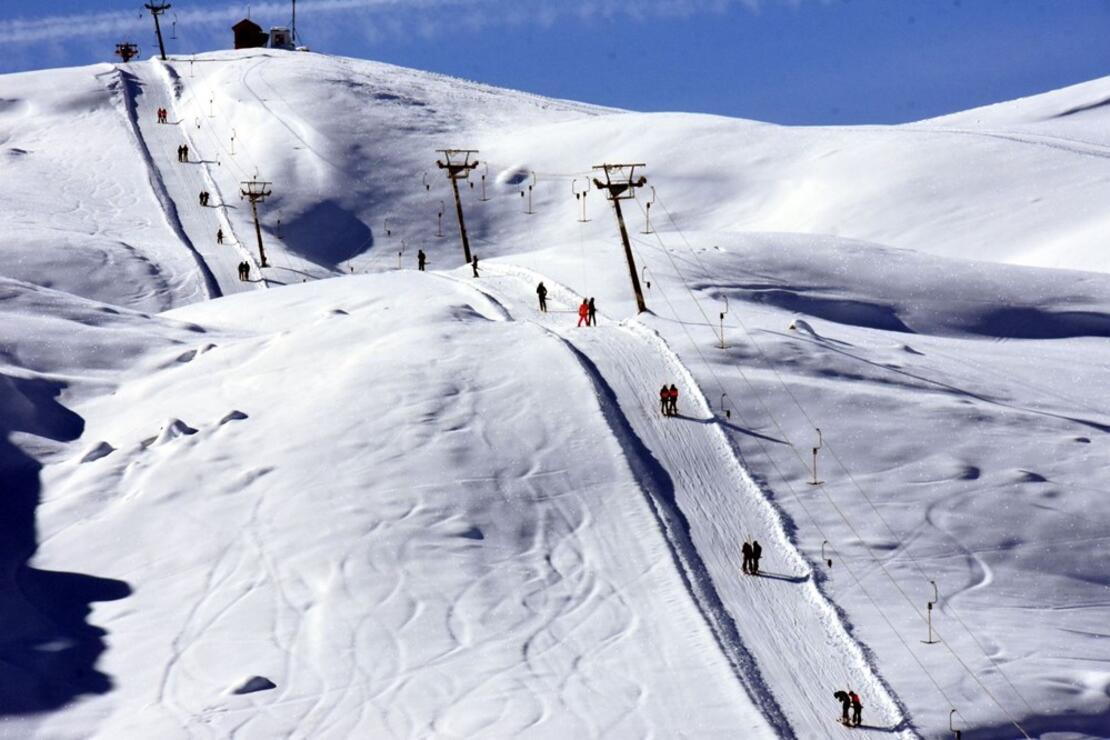Hakkari kayak tutkunlarını bekliyor