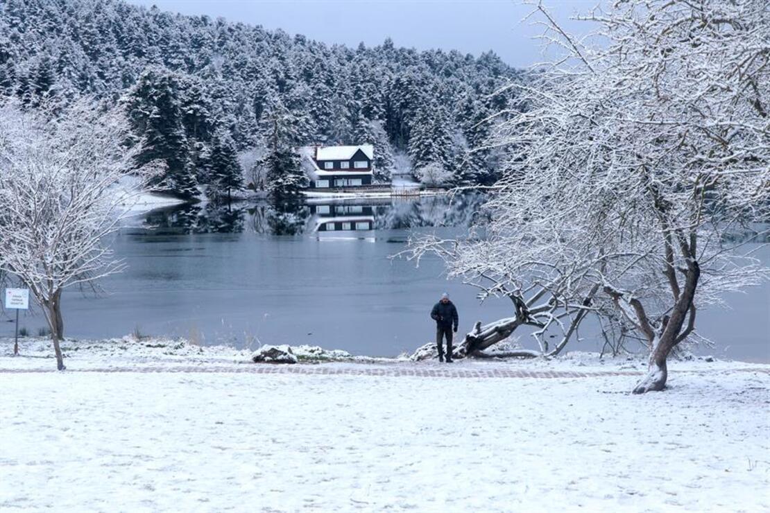 Abant ve Gölcük'te kar güzelliği