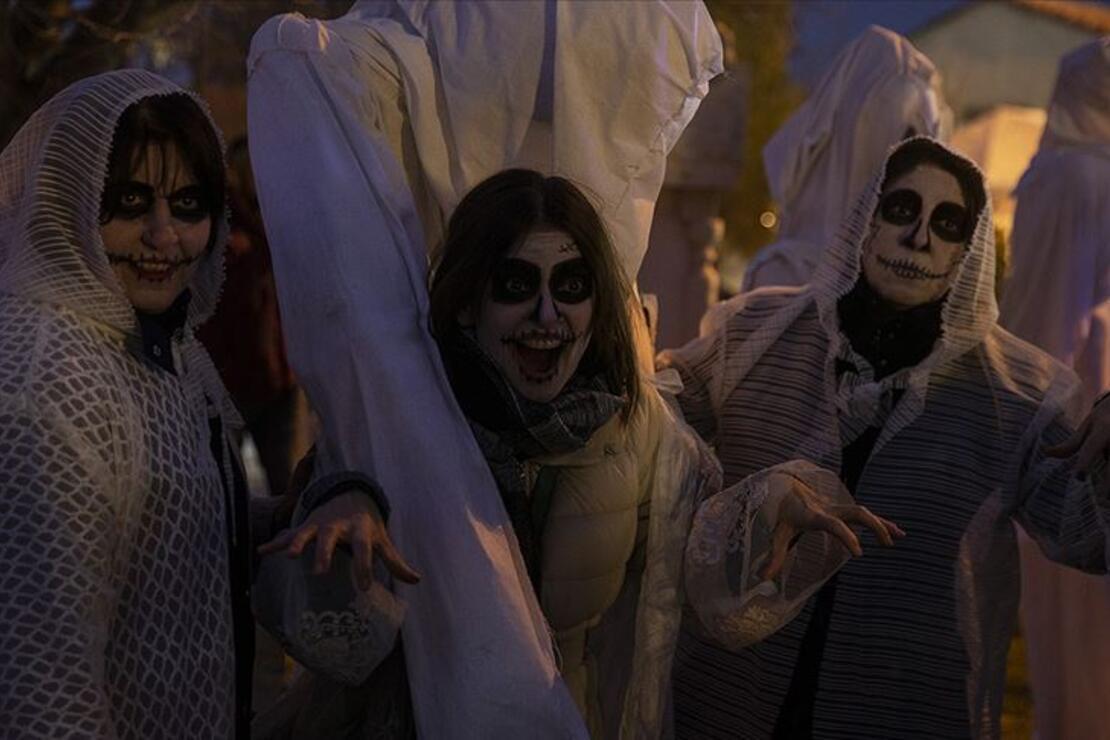 Balkan geleneği 'Bocuk Gecesi' Edirne'de kutlandı