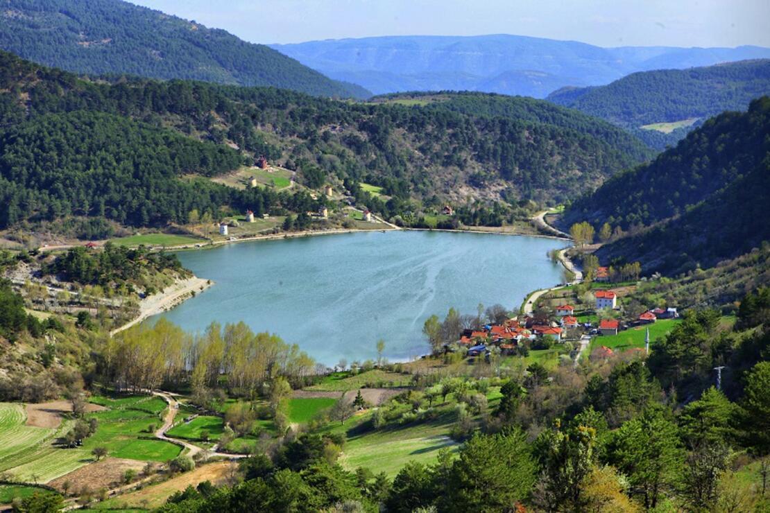 Hayran bırakan Göynük Çubuk Gölü