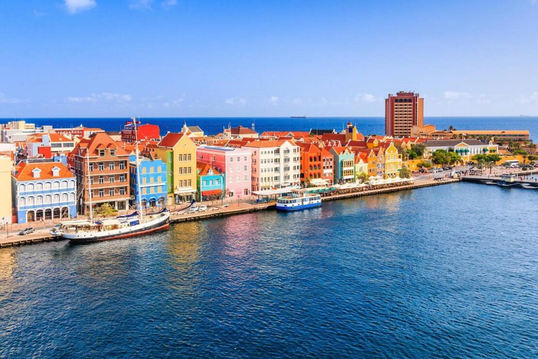 Karayipler'deki Avrupalı: 36  saatte  Curaaçao