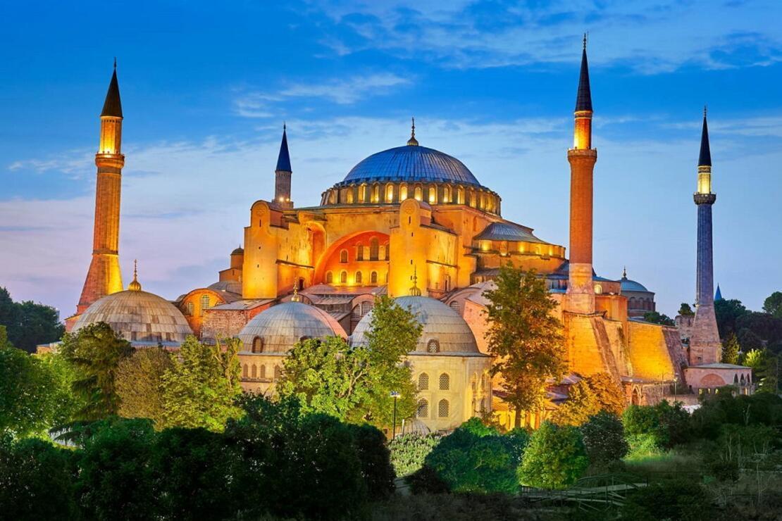 Dünyanın en ünlü müzeleri ayağınıza geldi!