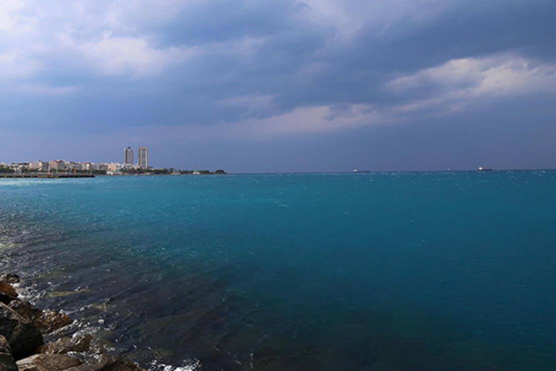 İskenderun Körfezi turkuaz rengine büründü - Seyahat Haberleri