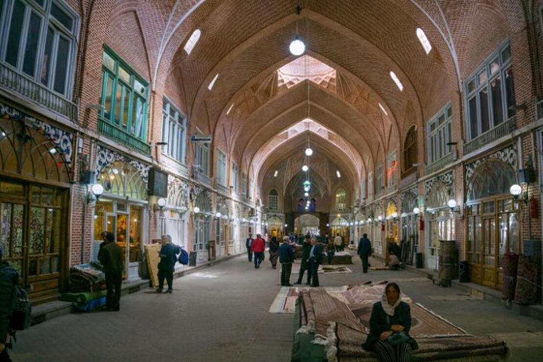 İran'da tarihi Tebriz Çarşısı koronavirüs nedeniyle kapatıldı