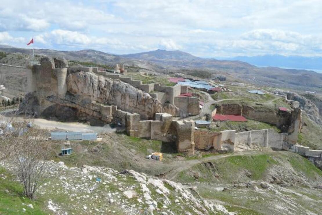 Harput Mahallesi ziyarete kapatıldı! Tarihi yer öksüz kaldı...