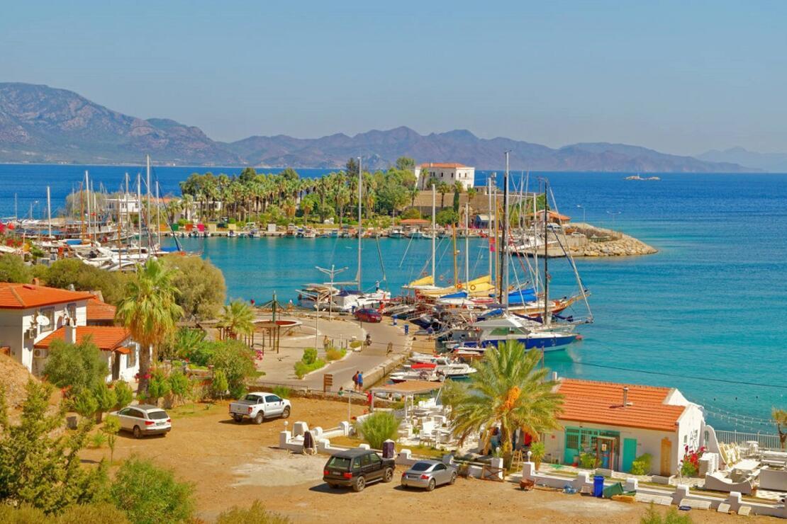 Ege ile Akdeniz'in birleştiği noktada yer alan güzellik